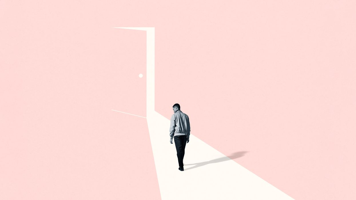 A lonely walk to the door