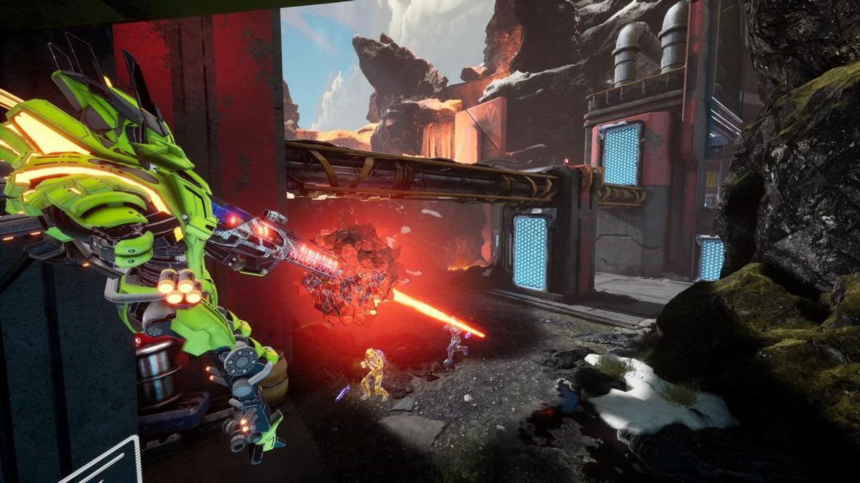 A screenshot from the free-to-play game Splitgate.