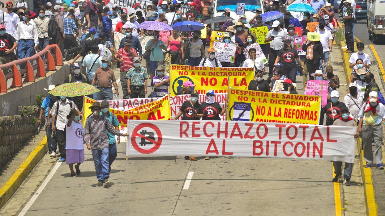 Anti-bitcoin protest in El Salvador