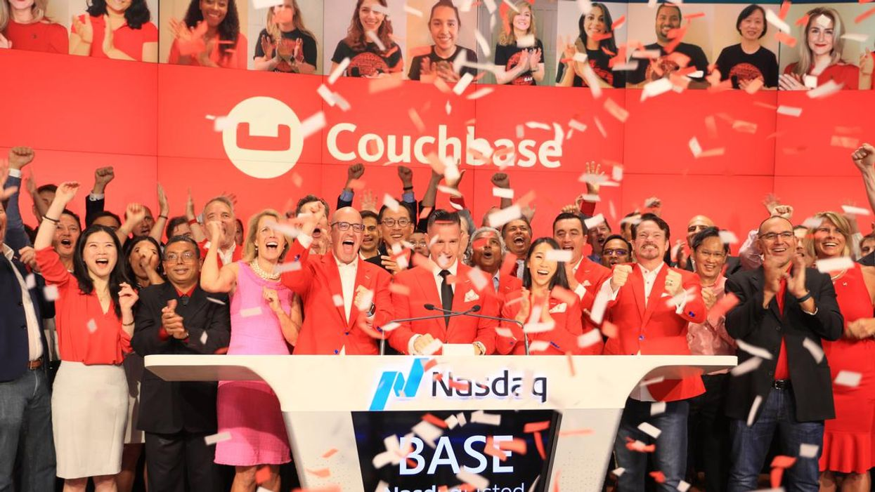 Couchbase celebrates its initial public offering on the Nasdaq market.