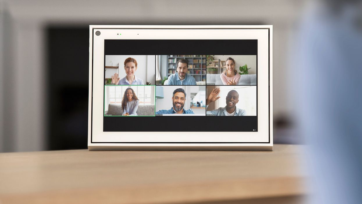 Facebook Adds Zoom And Other Video Calling Apps To Its Portal Smart Display Protocol Последние твиты от portal from facebook (@portalfacebook). portal smart display