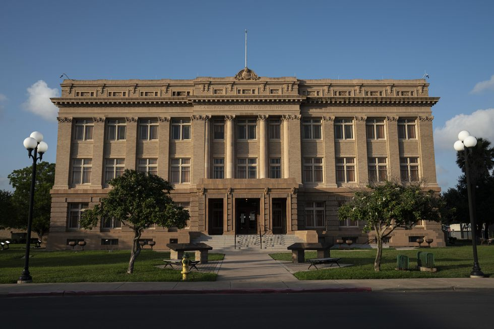 An exterior photo of Cameron County Courthouse in Brownsville, Texas