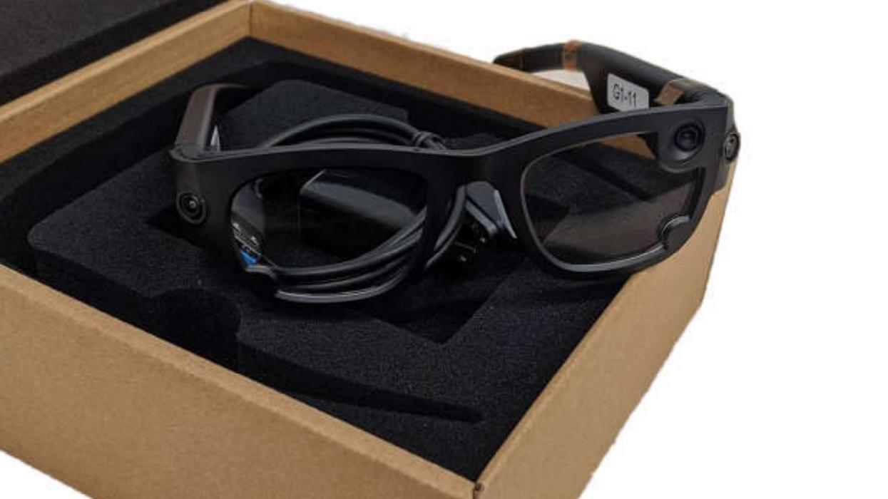 Facebook's Project Aria smart glasses, Gemini