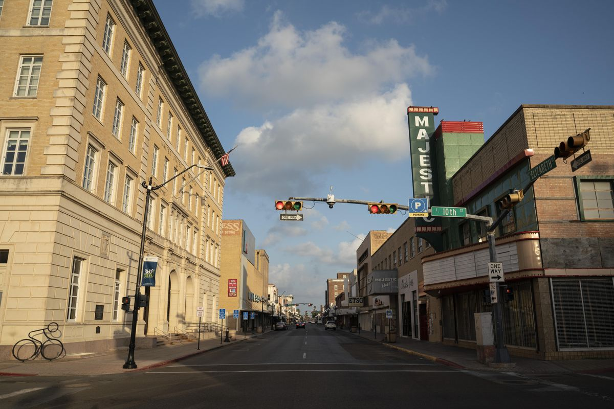 A view of Elizabeth Street with the The U.S. Federal Building, left, which houses Brownsville City Hall.